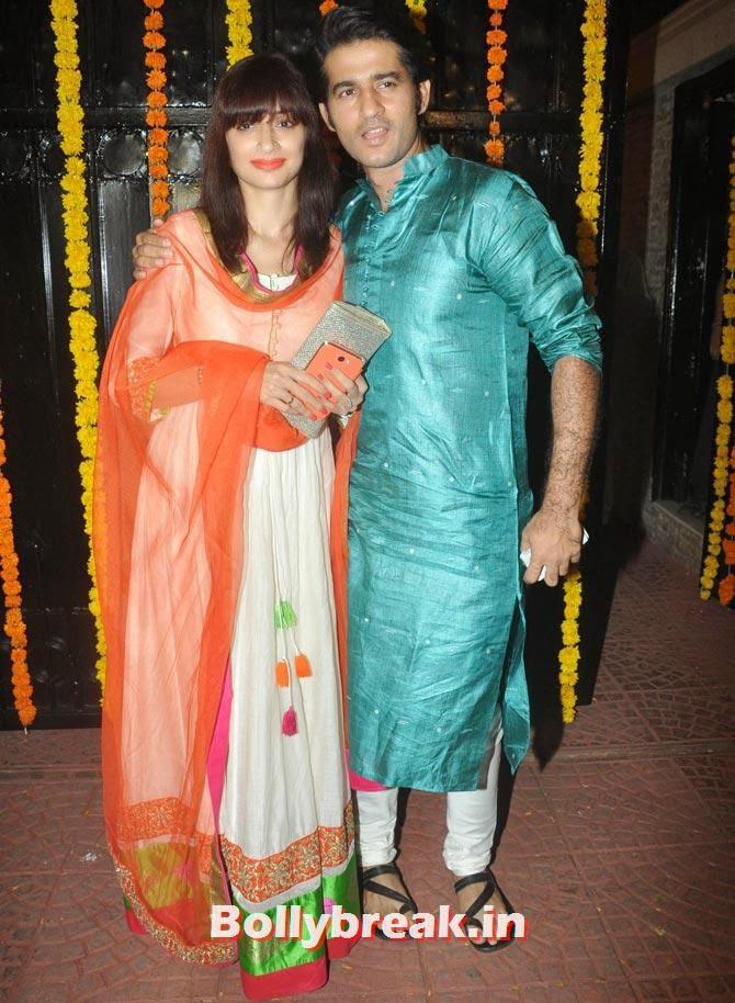 Hiten Tejwani and Gauri Pradhan, Ekta Kapoor's Diwali bash 2013