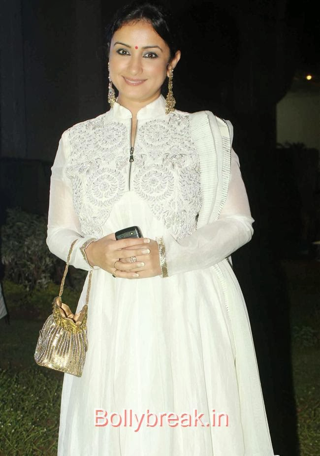 Divya Dutta, Hot Babes at Society Young Achievers Awards 2013