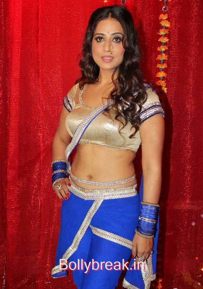 , Hot Mahi Gill , Meera Chopra Gangs of Ghost Shoot
