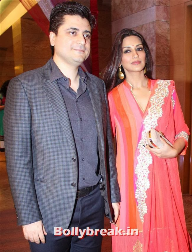 Goldie Behl and Sonali Bendre, Bollywood Beauties at Yash Chopra Memorial Awards