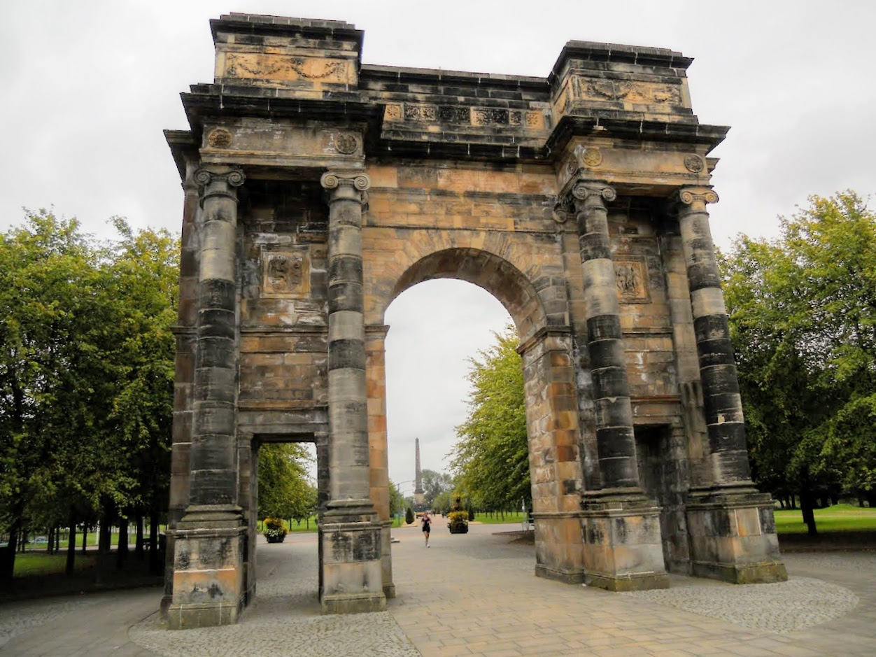 2 days in Glasgow Scotland: Arch at Glasgow Green