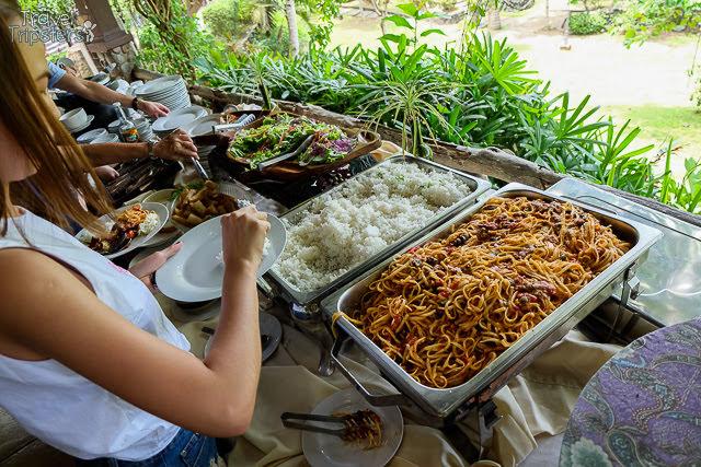 abadi restaurant buffet