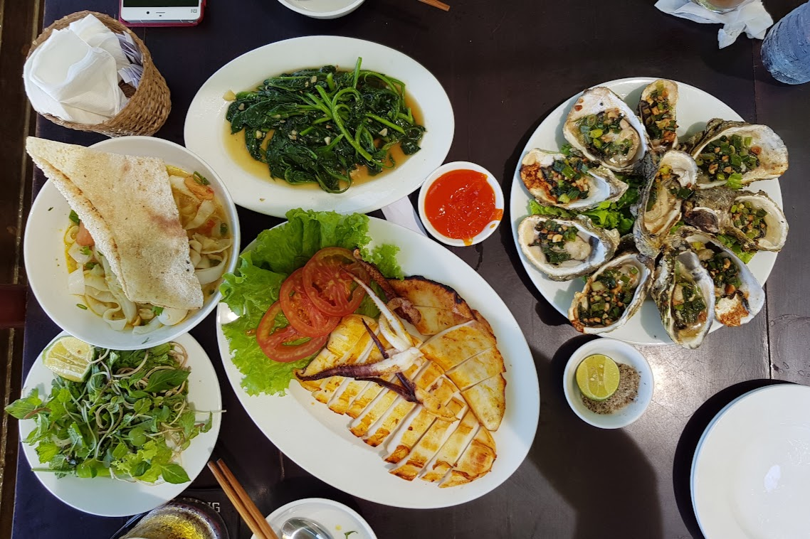 Central Vietnamese food