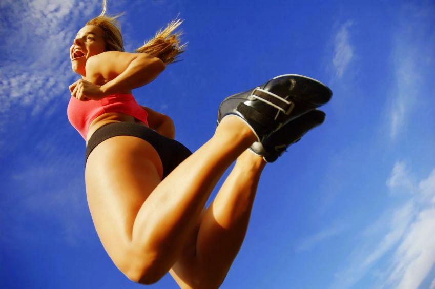Women jumping | www.theFittestBlogger.com
