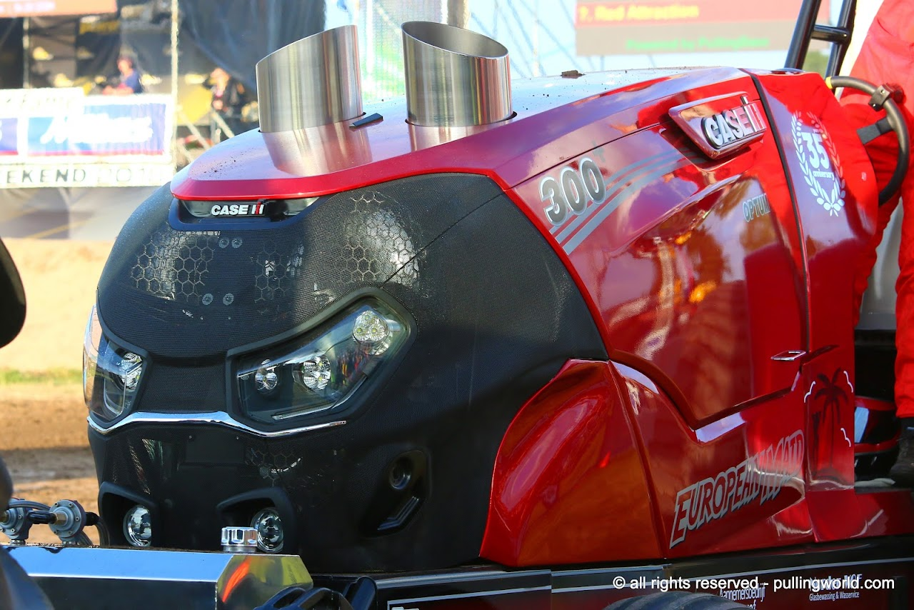 Tractor Pulling News - Pullingworld com: First pics and news about
