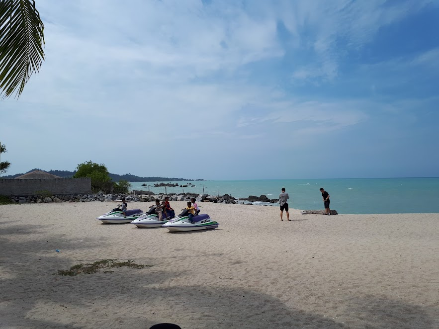 Pantai Tongaci Sungailiat
