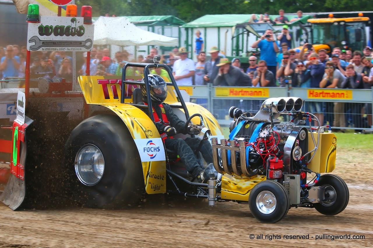 Mini Mod Tractor Pulling : Tractor pulling news pullingworld new mini rod team