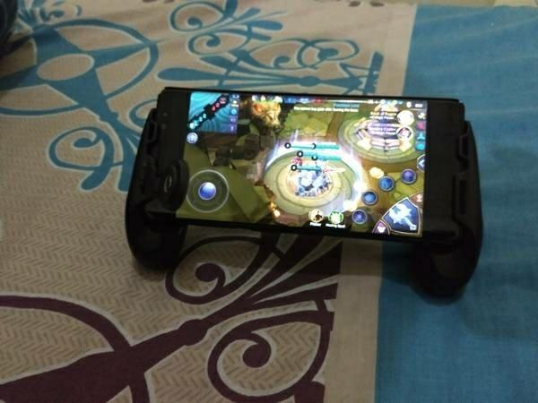 merupakan game yang memiliki daya tarik cukup besar di kalangan pengguna smartphone saat  Review Main Mobile Legends Pakai GameSir F1, Cuma 200 Ribuan