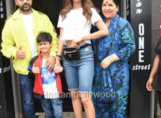 Shilpa Shetty And Family Spotted At Bastian For Lunch - HD Pics