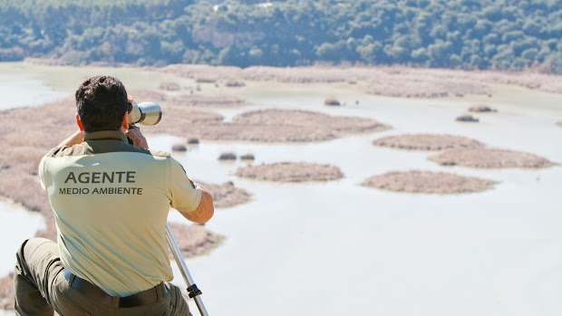 La provincia con más espacio protegido es la que tiene menos Agentes de Medio Ambiente
