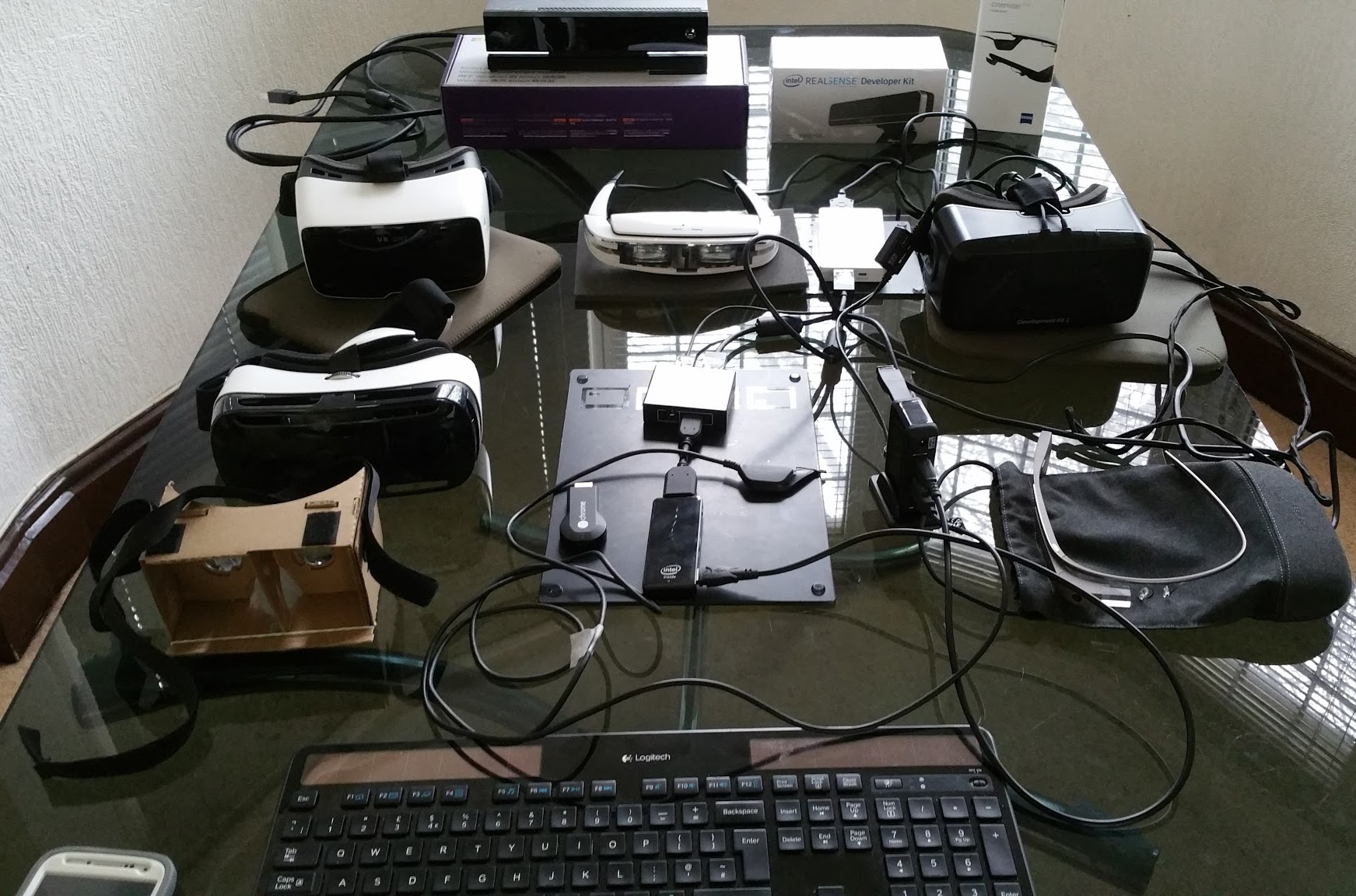 XR VR AR MR+HMDS   thegameveda