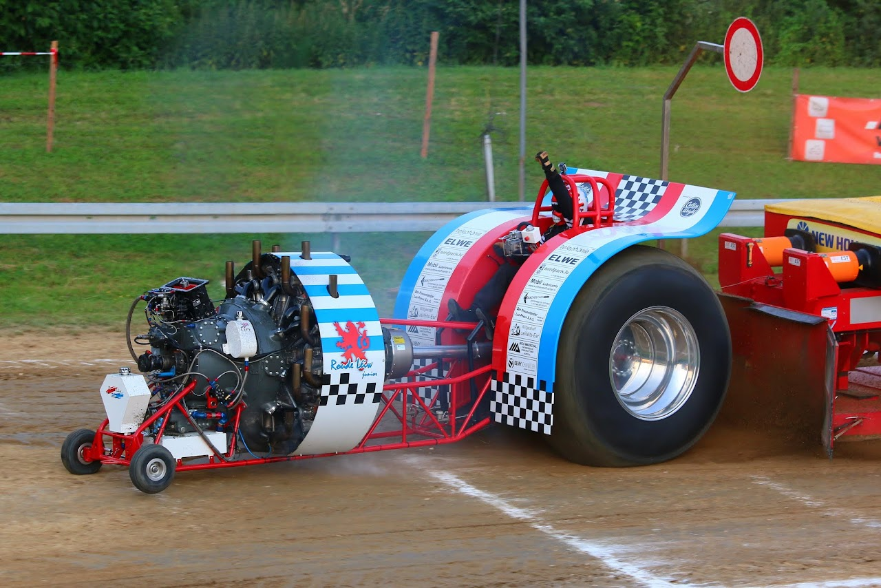 Tractor Pulling Parts : Tractor pulling news pullingworld