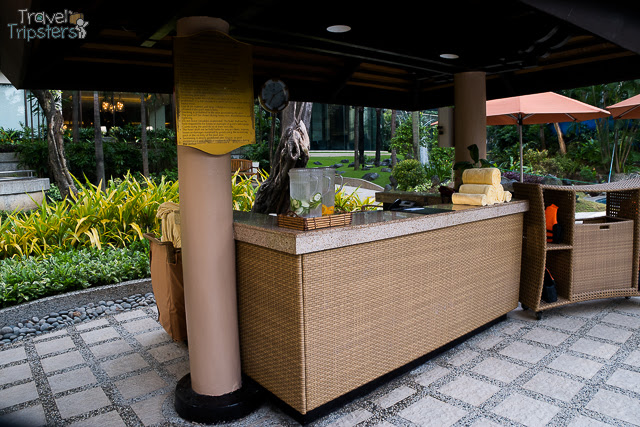 edsa shangrila hotel pool