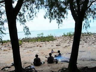 Nativos pescando, Darwin, Australia, vuelta al mundo, round the world, La vuelta al mundo de Asun y Ricardo