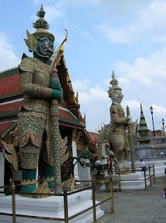 gran templo real, bangkok, tailandia,vuelta al mundo, round the world, información viajes, consejos, fotos, guía, diario, excursiones