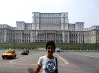 Parlamento de bucarest, rumanía, entrevista súbete al mundo, súbete al mundo, vuelta al mundo, round the world, información viajes, consejos, fotos, guía, diario, excursiones