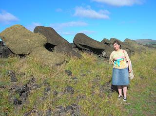 Ahu destruido, Isla de Pascua, Easter Island, vuelta al mundo, round the world, La vuelta al mundo de Asun y Ricardo