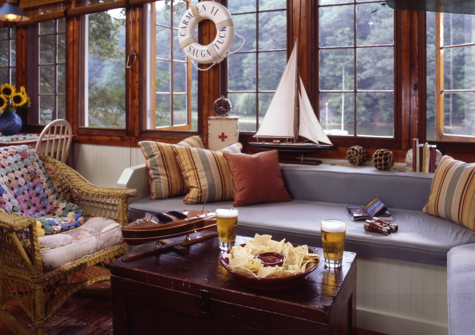 Skipjack 39 s nautical living waterside cottages - Nautical theme living room ...