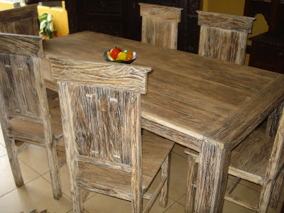 Rustic Dining Room Table Decor