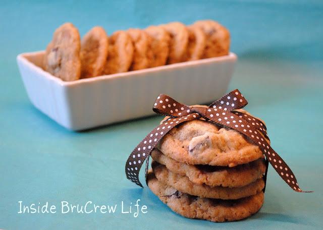 http://3.bp.blogspot.com/_-C_4h8r_w6M/TQb6sawpHCI/AAAAAAAAB3s/5sDJH-U0XjQ/s1600/reindeer%2Bcookie1-1.jpg