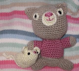 Crochet Along Amigurumi Mouse - YouTube | 287x320