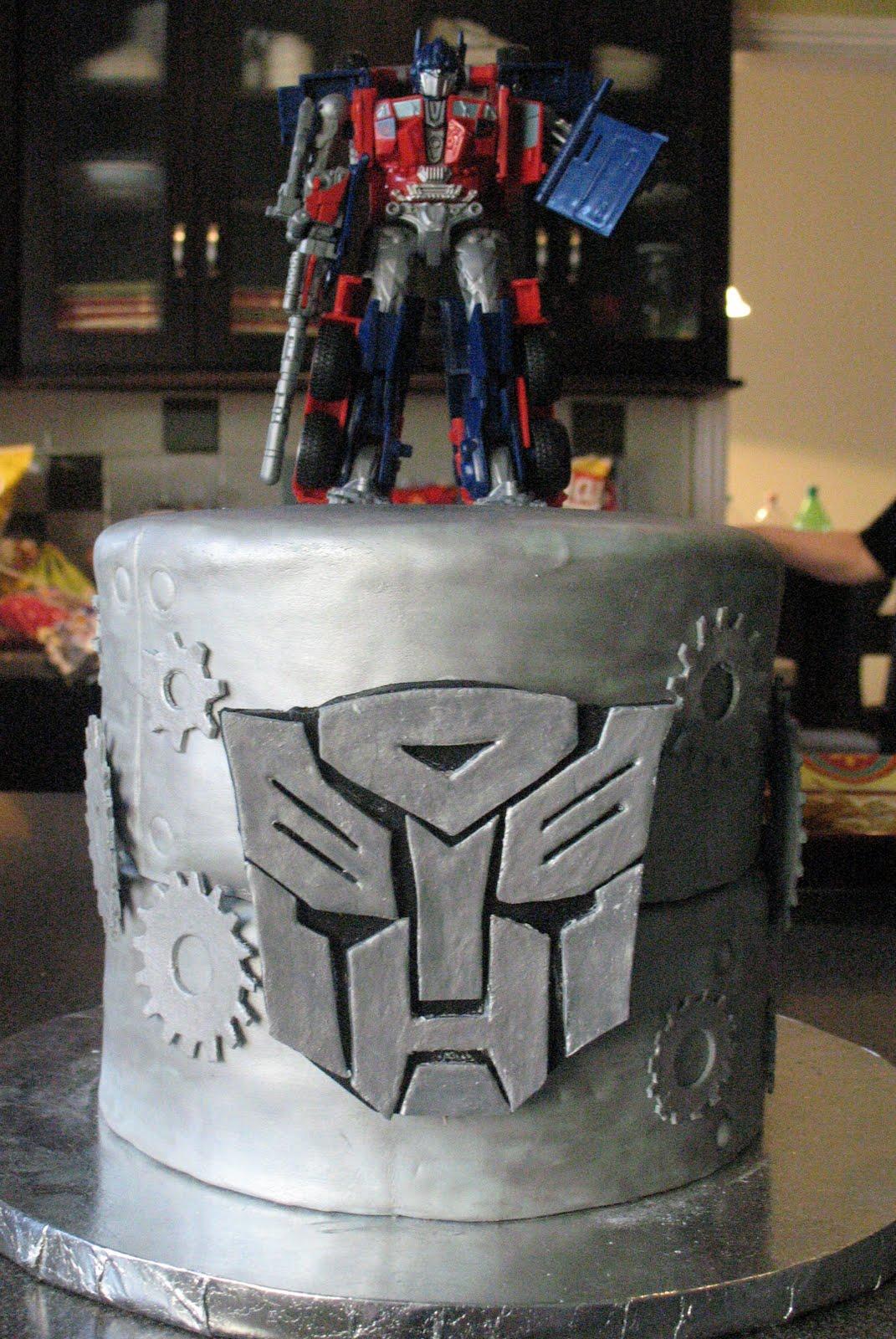 J S Cakes Optimus Prime Transformers Cake