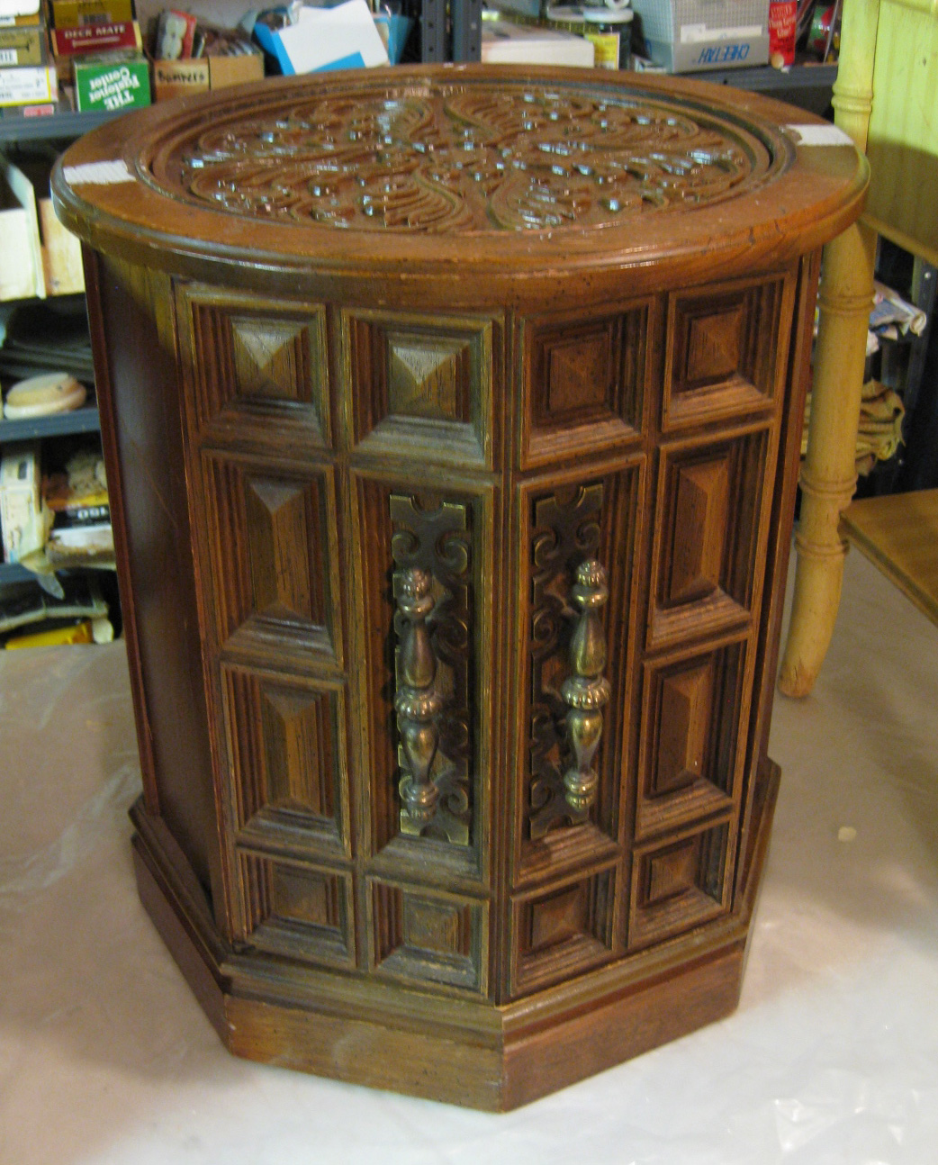 Roomscapes Decorative Arts: The Furniture