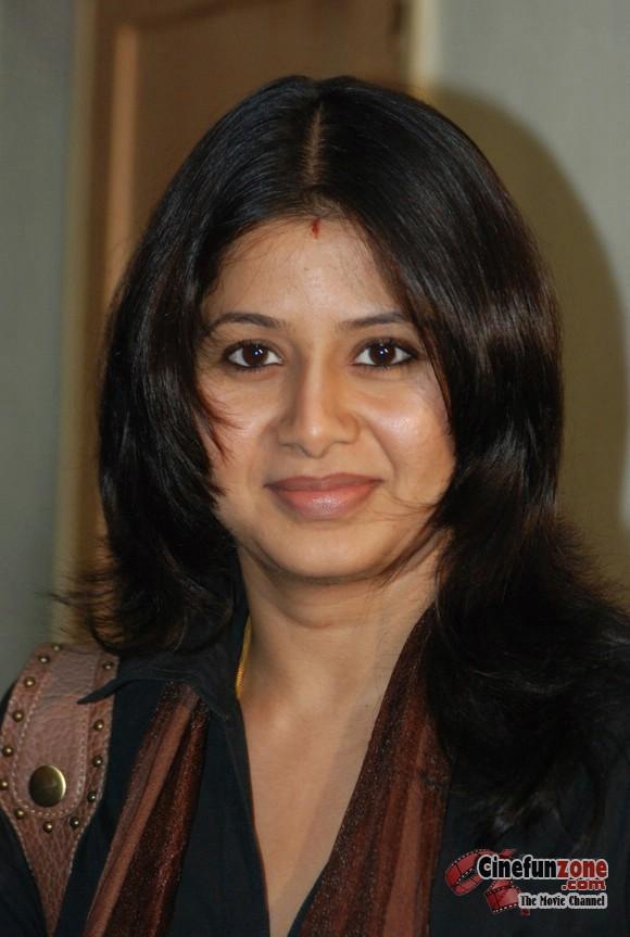 Hot South Indian Actress South Actress Sangeetha Latest -6972