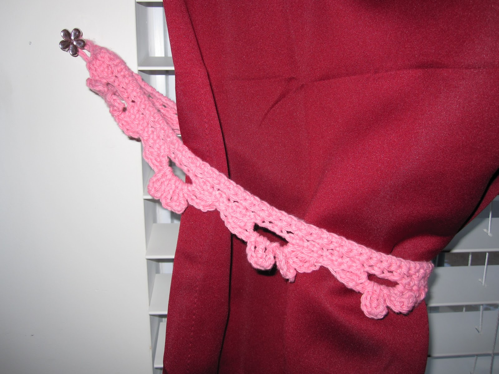 KNIT POSSIBLE Curtain Tie Backs