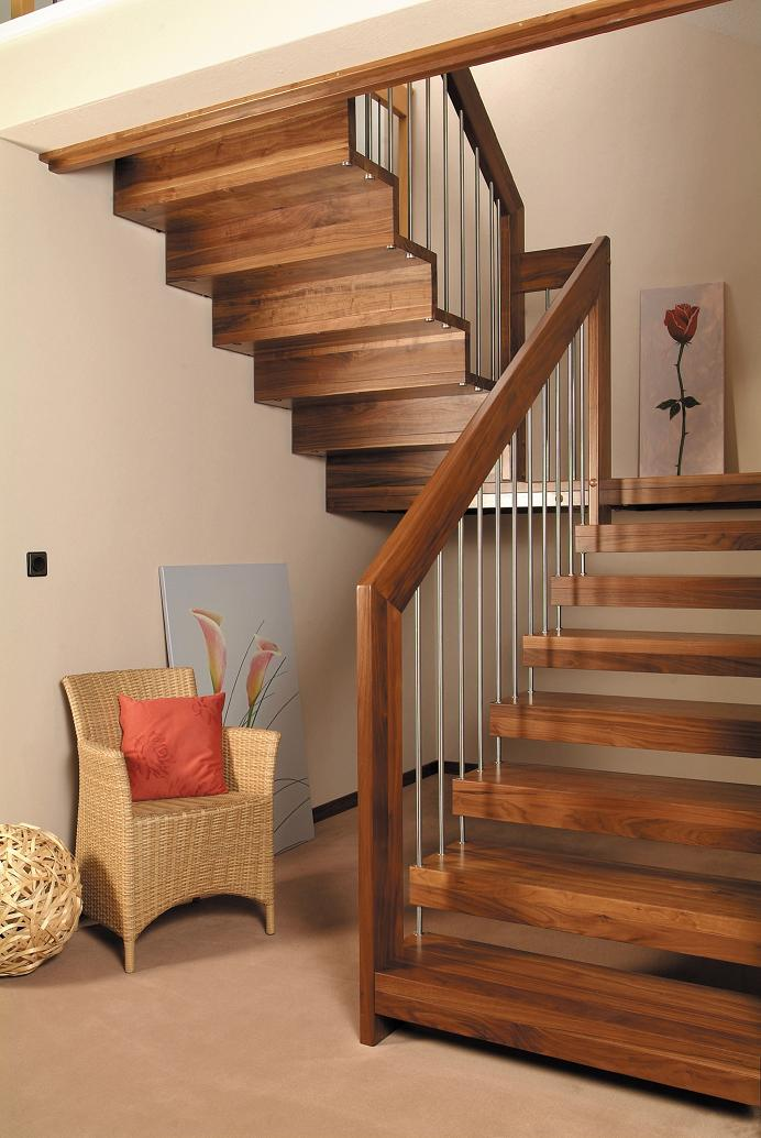 Interior design stairs modelo terra casa fabrica hgm for Interior design casa