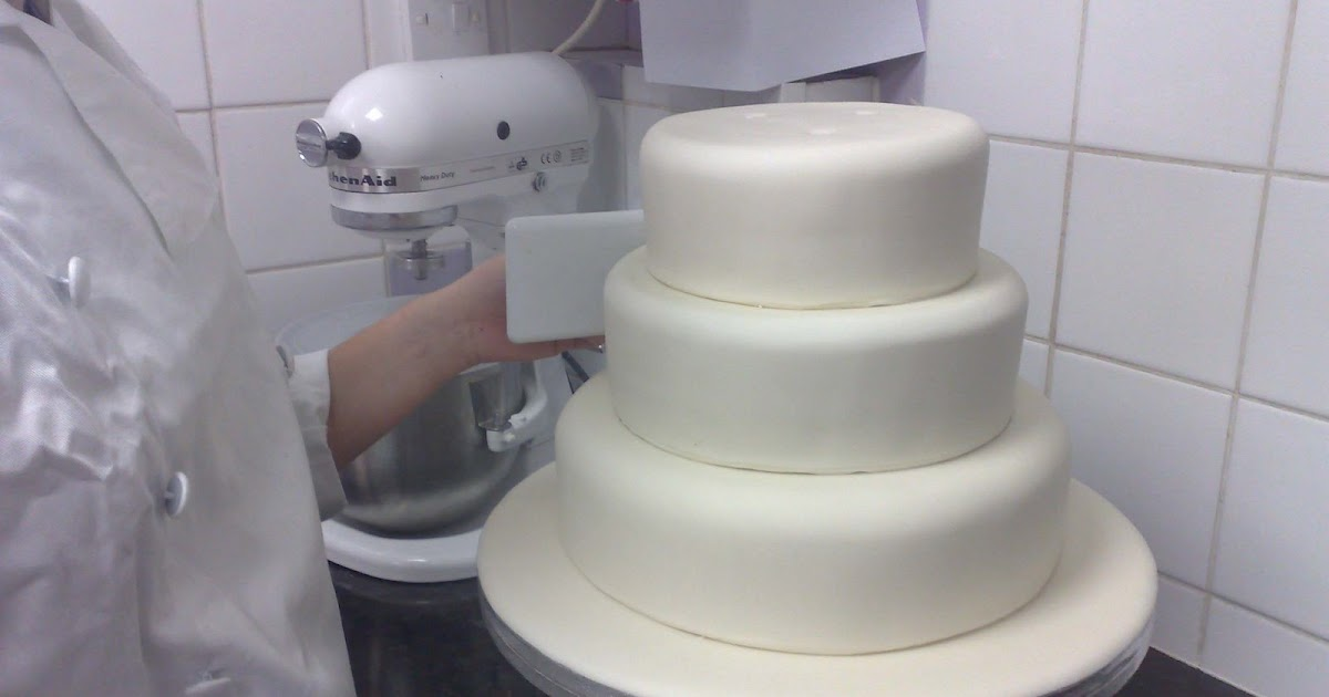 wedding cake how to stack cake decorating how to stack a wedding cake 22855