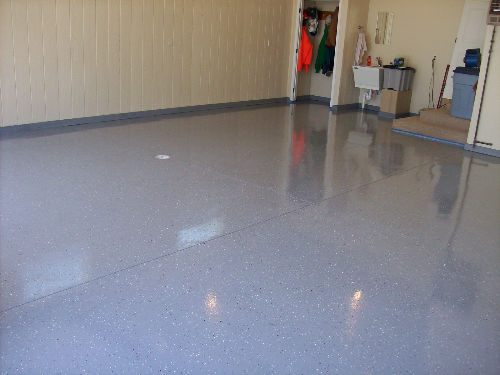 Cindy's Creations: Garage Floor - day 2