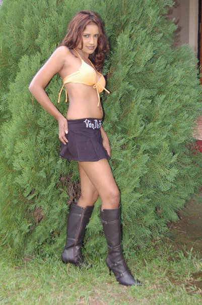 Hot Wallpaper Girls Nishi Jayawardana Exclusive Photo -7680