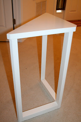 Small White Corner Table 20