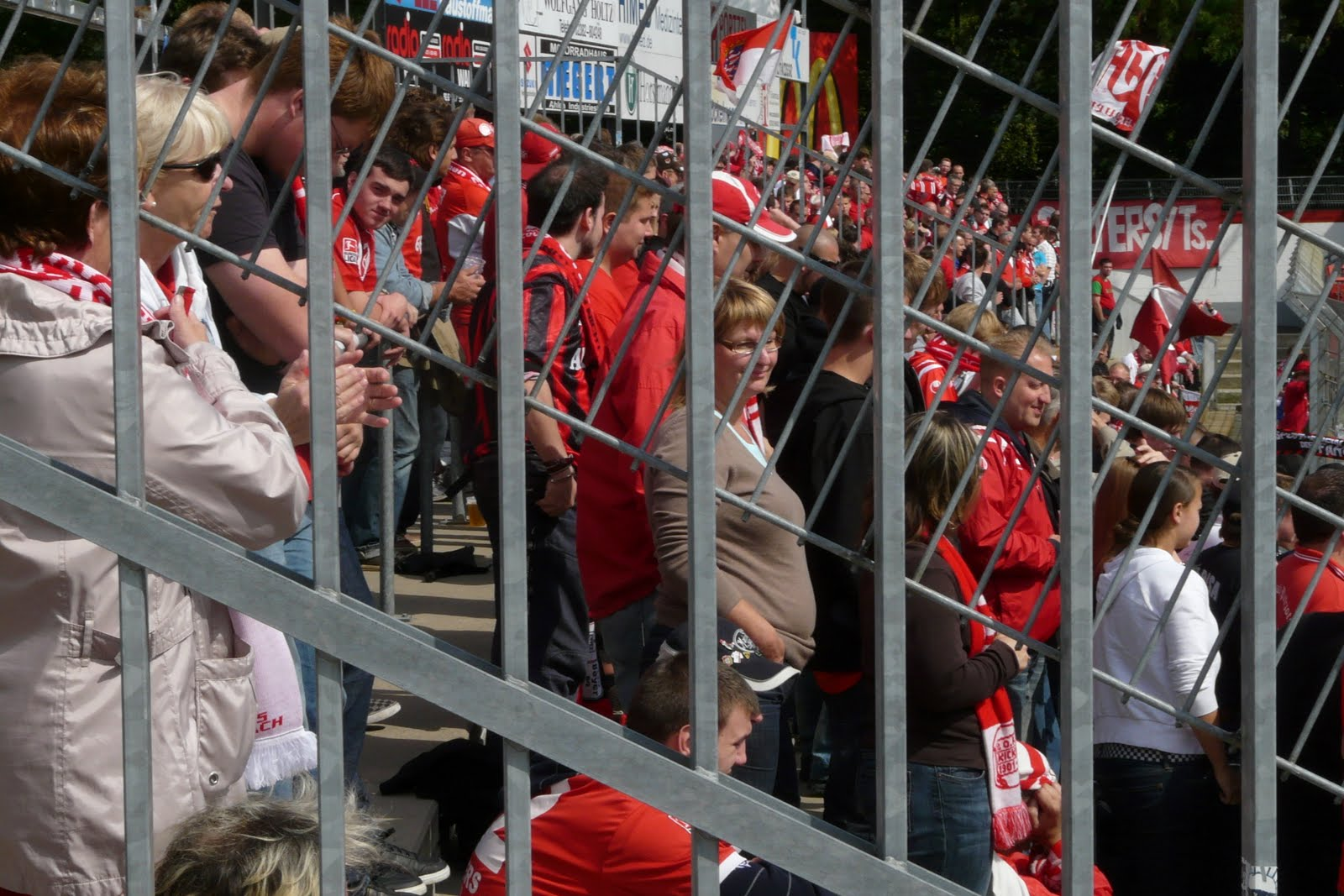 Groundhopper2000 rot weiss ahlen v kickers offenbach for Ui offenbach