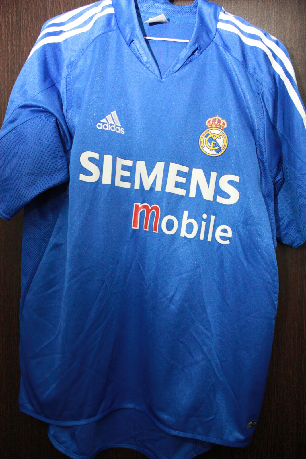45b1be5eab5 Real Madrid 3rd Kit 2004 05 - BECKHAM  23