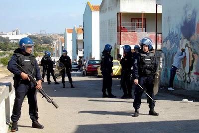Resultado de imagem para PSP: regulamento prevê suspensão de polícias acusados