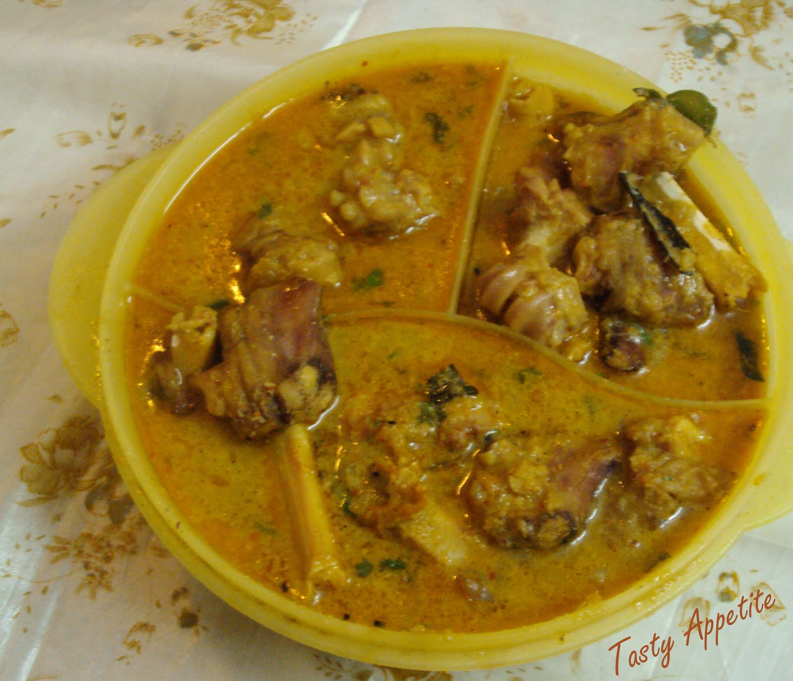 Aattukaal Paya | Tasty Appetite