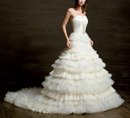 Most Beautiful Short Wedding Dresses: Decoration And Fashion World: The Most Beautiful Wedding