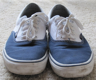 7f324b322efe Sartorially Inclined  Debate  Vans Authentic vs. Era
