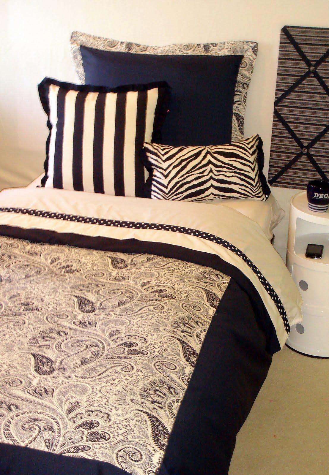 Decorating Room Ideas: Decor 2 Ur Door: Dorm Bedding Ideas