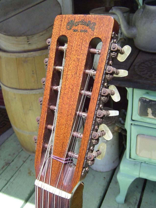 martin d12 20 twelve string guitar. Black Bedroom Furniture Sets. Home Design Ideas