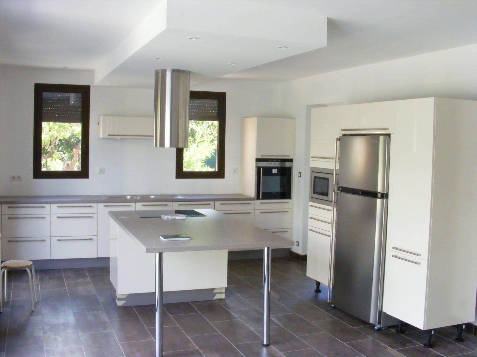 cuisine bain dressing parquet cuisine hacker. Black Bedroom Furniture Sets. Home Design Ideas