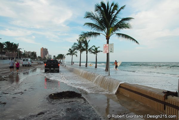 Fort Lauderdale Beach high tide