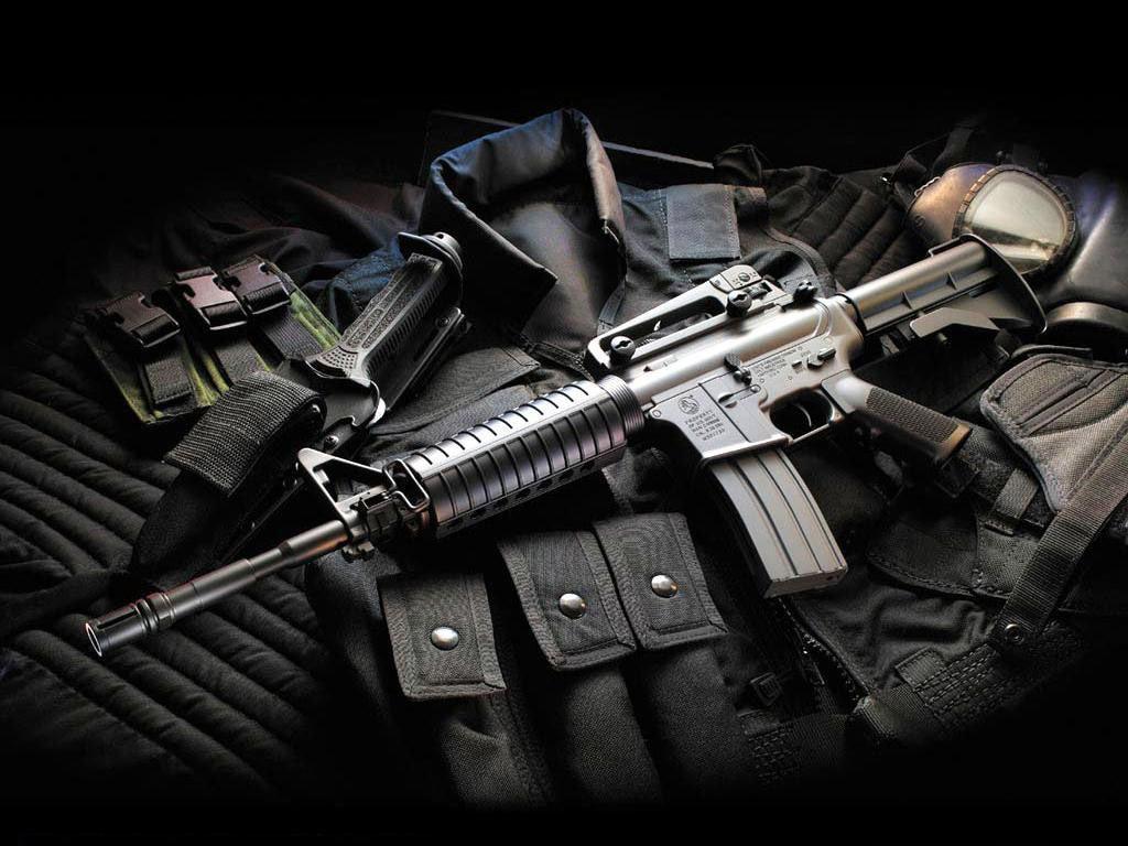 WALLPAPERS: Guns