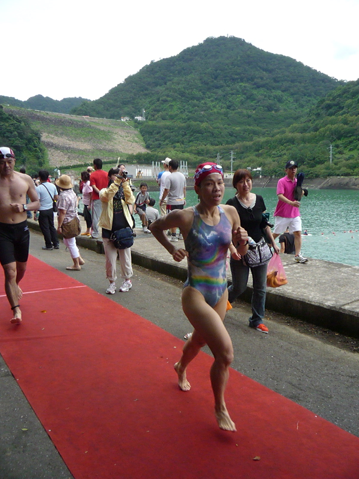 游泳 單車 跑跑步: 2010/06/26 桃園石門水庫鐵人三項-鐵三角 路跑5k