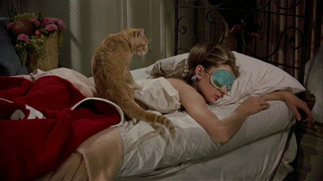 Bonequinha de Luxo - Breakfast at Tiffany's
