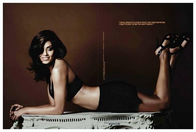 Tollywood Actress Photos: Bipasha Basu Hot Photo Shoot