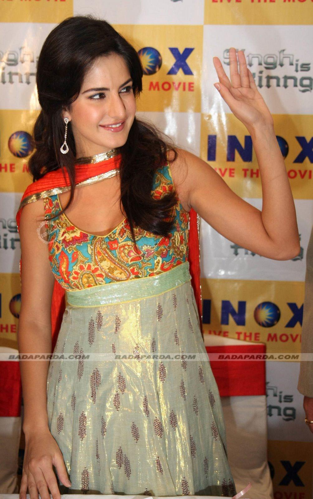 Jancuk Blogs Katrina Kaif In Salwar Real Life Pics-7355