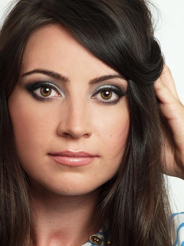 Machiaj De Seararevelion Glitter Make Up Suzana Visan